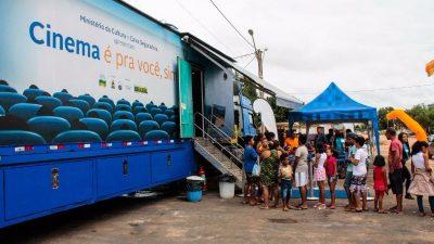 Tanguá e Rio Bonito recebem cinema itinerante com sucessos recentes das telonas