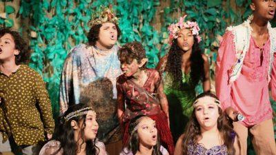 Espetáculos teatrais abrem oficialmente o projeto Lona na Lua em Casimiro de Abreu